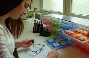 Oprava plastové obruby (montáž stranice)